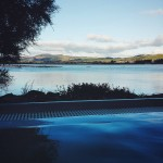 Sempre bello immergersi in una vasca di acqua calda (e con questa vista) Its always nice to dip in a pool of warm water (and with this view) #polynesianspa #rotorua #newzealand