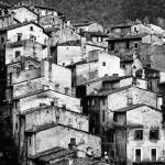 Scanno *latergram* #abruzzo #italia #scanno #biancoenero #blackandwhite #italy #instagramitalia #igersabruzzo